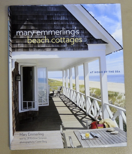 Image for Mary Emmerling's Beach Cottages: At Home by the Sea